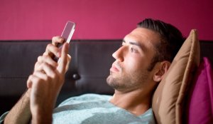 Búhos O Personas Con Síndrome De Fase Del Sueño Retrasado