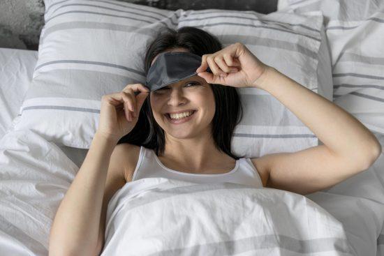 Dormir con antifaz previene la depresion